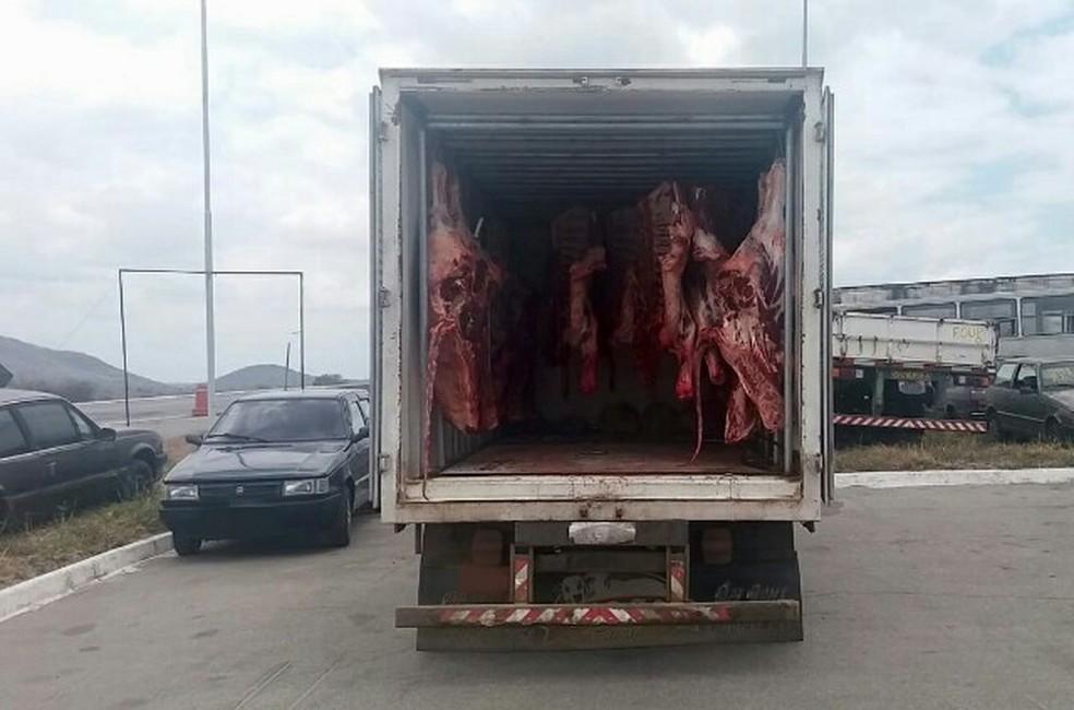 Abordagem aconteceu durante uma fiscalização de rotina no quilômetro 144 da rodovia — Foto: Assessoria/Divulgação