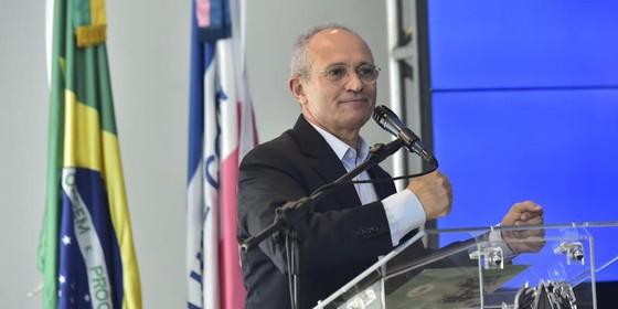 Paulo Hartung,  governador do Espírito Santo (Foto: Reprodução/Facebook)