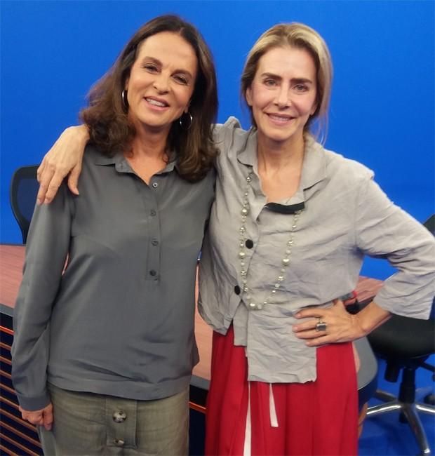 Sonia Racy e MAitê Proença nos bastidores do programa 'Show Business' (Foto: Divulgação)