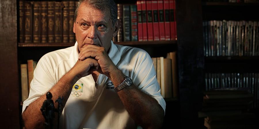O coronel Marco Antonio Guedes comandou a primeira intervenção militar em favela carioca (Foto: MARCIO ALVES/AGÊNCIA O GLOBO)