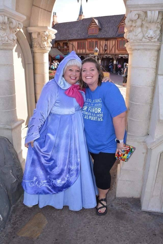 Amber e Branca de Neve hoje em dia (Foto: Reprodução Facebook)