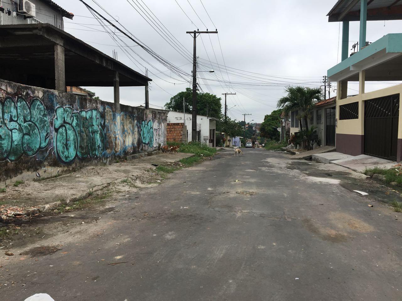 Homem em carro atira e mata jovem na Zona Norte de Manaus