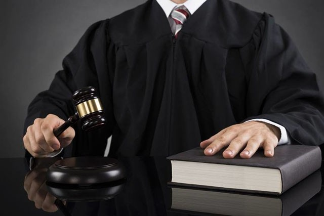 Toga, juiz, lei (Foto: Arquivo Google)
