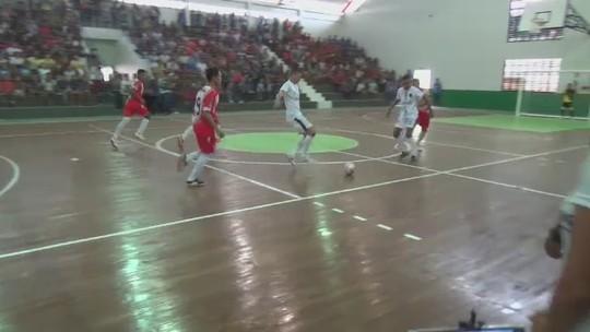Mais de 20 escolas disputam fase urbana dos Jogos Escolares, em Cruzeiro do Sul