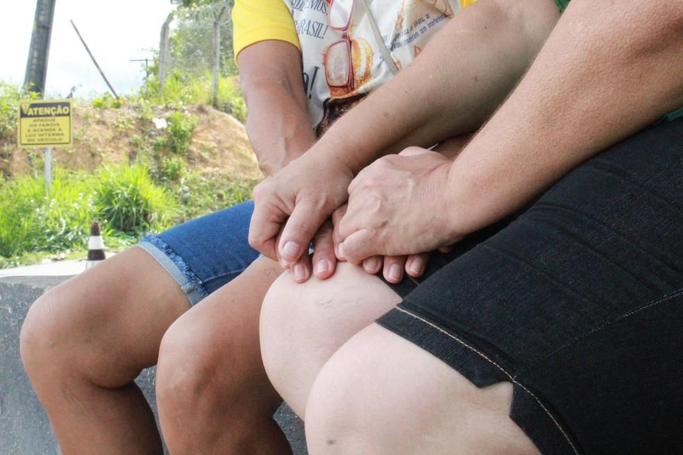 Mães de detentos foram a presídios uma semana após massacre em Manaus  — Foto: Eliana Nascimento/ G1 AM