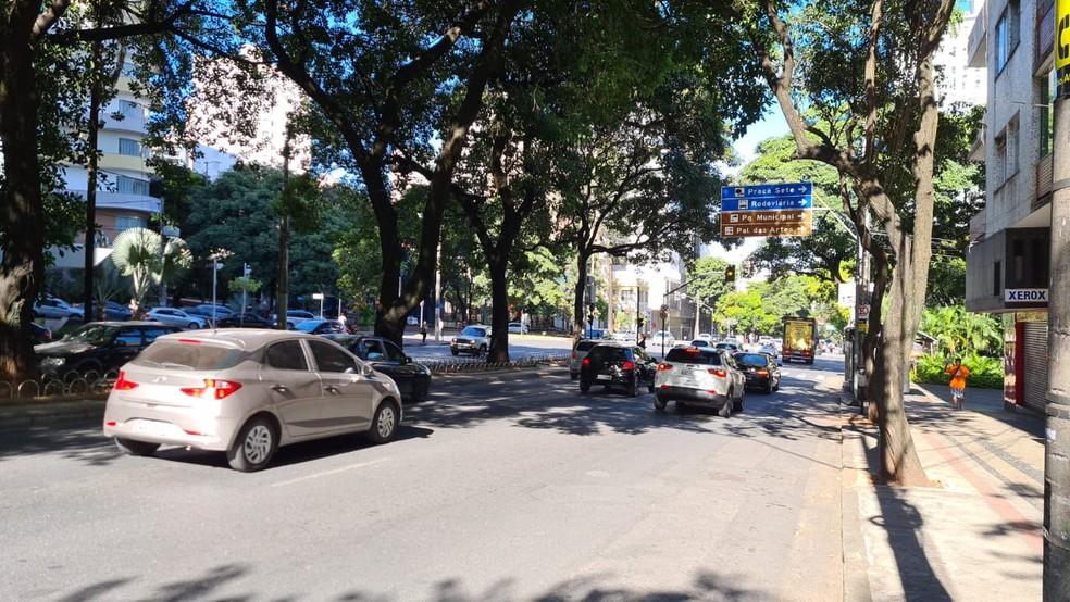 Trânsito ficou movimentado na Av. Getúlio Vargas em manhã de reabertura na capital — Foto: Vladimir Vilaça/TV Globo