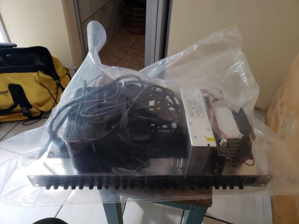 Material de radiodifusão apreendido em operação da Polícia Federal, em Areial, na Paraíba — Foto: Polícia Federal/Divulgação
