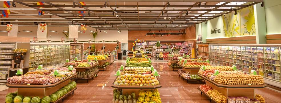 Frutas, legumes e verduras no supermercado — Foto: Rede Hakuo de Supermercados