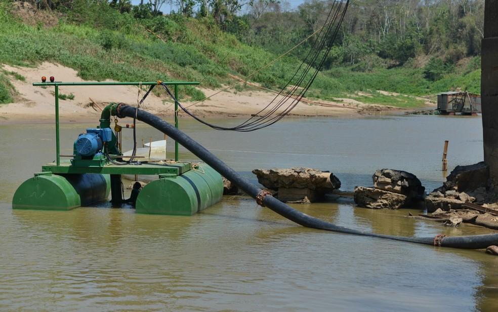 ETA I e II funcionam com bombas flutuantes em Rio Branco (Foto: Alexandre Noronha/Asscom Depasa)