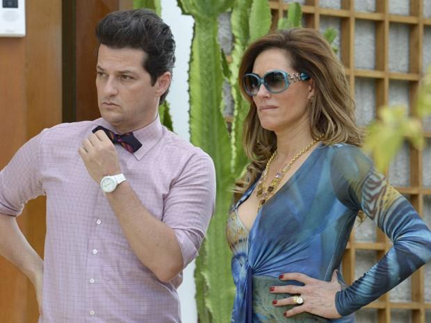 Christiane Torloni e Marcelo Serrado como Tereza Cristina e Crô em 'Fina estampa' (Foto: TV Globo)