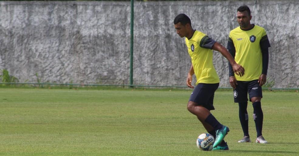 Atacante Higor Felippe treina com o restante do elenco desde o dia 10 de julho — Foto: Samara Miranda/Ascom Remo
