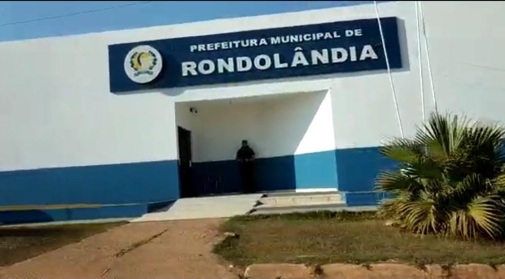 O prefeito e a ex-secretária de saúde de Rondolândia, a 1.600 km de Cuiabá, e um empresário são alvos de uma operação do Grupo de Atuação Especial Contra o Crime Organizado (Gaeco) — Foto: Divulgação
