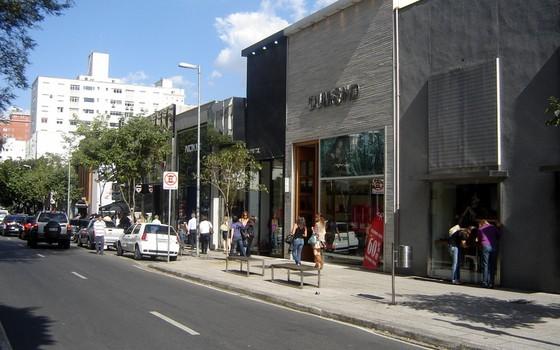 Rua Oscar Freire, em São Paulo (Foto: Heitor Carvalho Jorge/Wikimedia Commons)