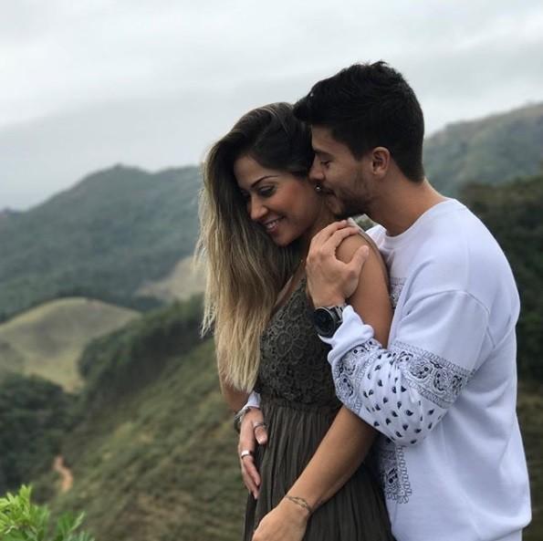 Arthur Aguiar e Mayra Cardi (Foto: Reprodução / Instagram)