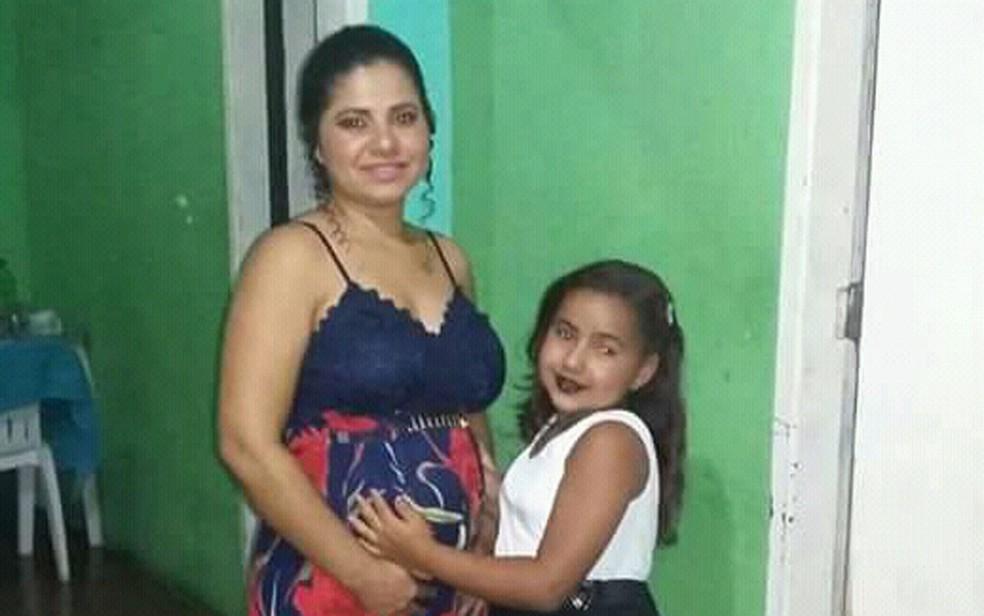 Mãe não conseguiu atendimento por conta de informação falsa de óbito em cartão SUS (Foto:  Fabricia dos Santos Xavier/ Arquivo Pessoal)