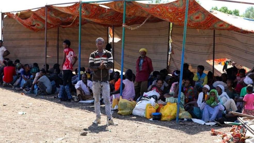 Milhares de civis buscaram refúgio no Sudão depois que conflito estourou no Tigray — Foto: Getty Images via BBC