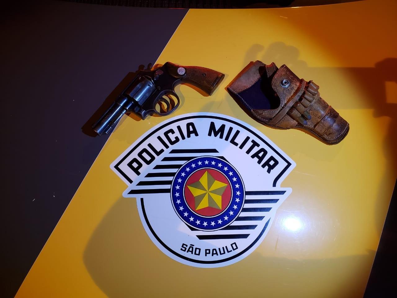 Empresário é detido por porte ilegal de arma de fogo e embriaguez ao volante em Adamantina