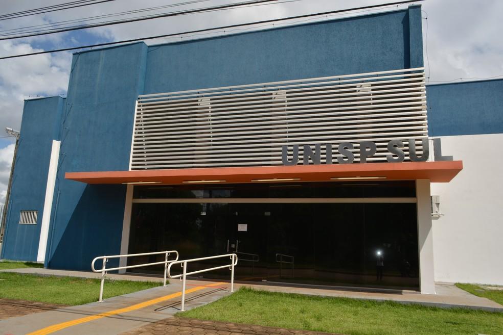 Concentração da Operação Vigília ocorreu na sede da UNISP-SUL em Porto Velho (Foto: Sara Cicera/G1)