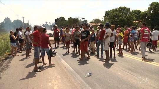 Moradores interditam BR-316 após morte de criança em Pindaré Mirim