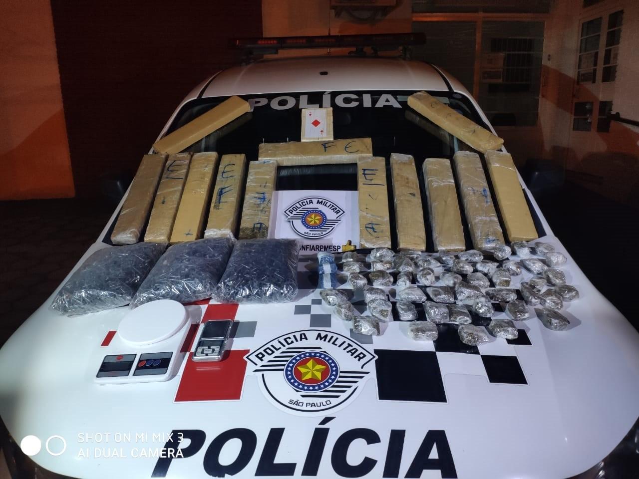 Homem é preso com mais de 20 quilos de drogas em Guaratinguetá