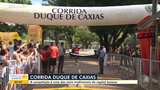 Corrida Duque de Caxias recebe mais de mil pessoas em comemoração ao Dia do Soldado