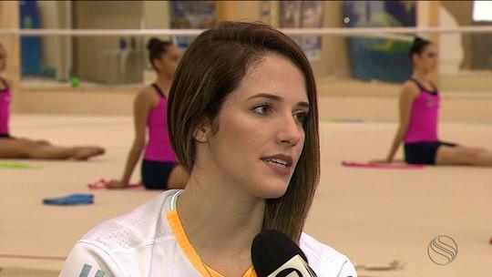 Em Aracaju, Natália Gaudio é avaliada, fala de lesão e próximos desafios