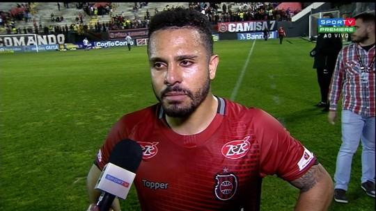 Diego Miranda lamenta queda de rendimento no segundo tempo
