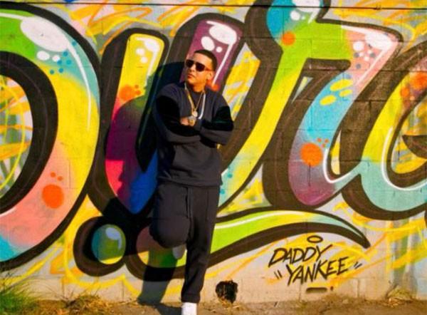 Daddy Yankee teve joias no valor de US$ 2,3 milhões roubadas do quarto de seu hotel em Valência (Foto: Reprodução/Twitter)