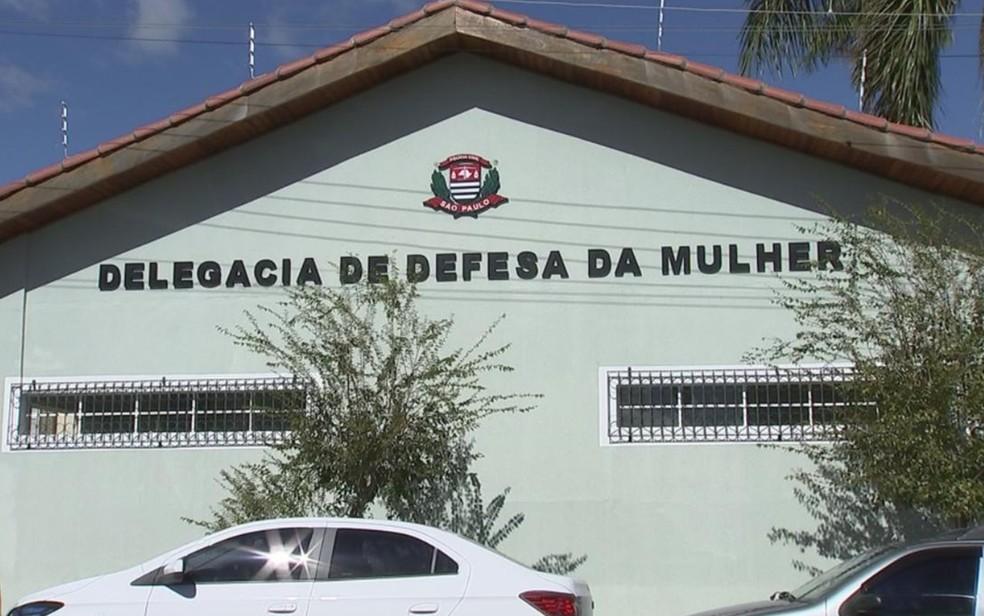 Ocorrência foi registrada na Delegacia de Defesa da Mulher de Itapetininga (Foto:  Reprodução/TV TEM)