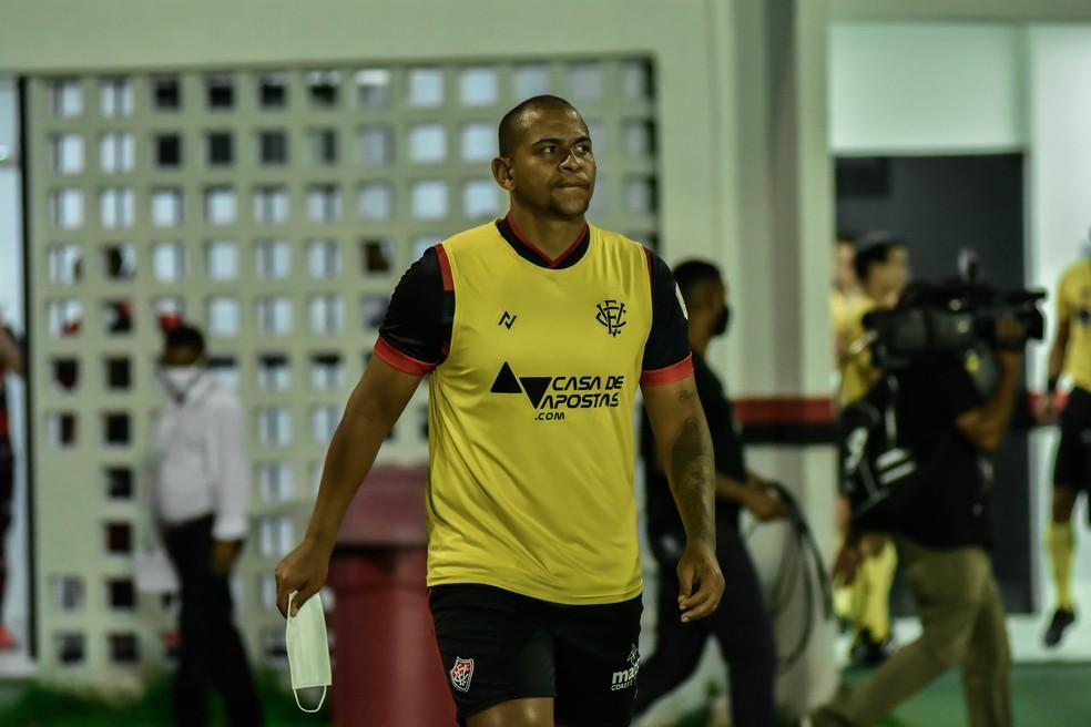 Walter não pega o 4 de Julho — Foto: Pietro Carpi / EC Vitória / Divulgação