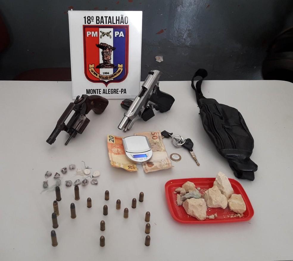 -  Objetos apreendidos junto com a quadrilha que planejava assaltar postos de combustíveis em Monte Alegre  Foto: 18º BPM/Divulgação