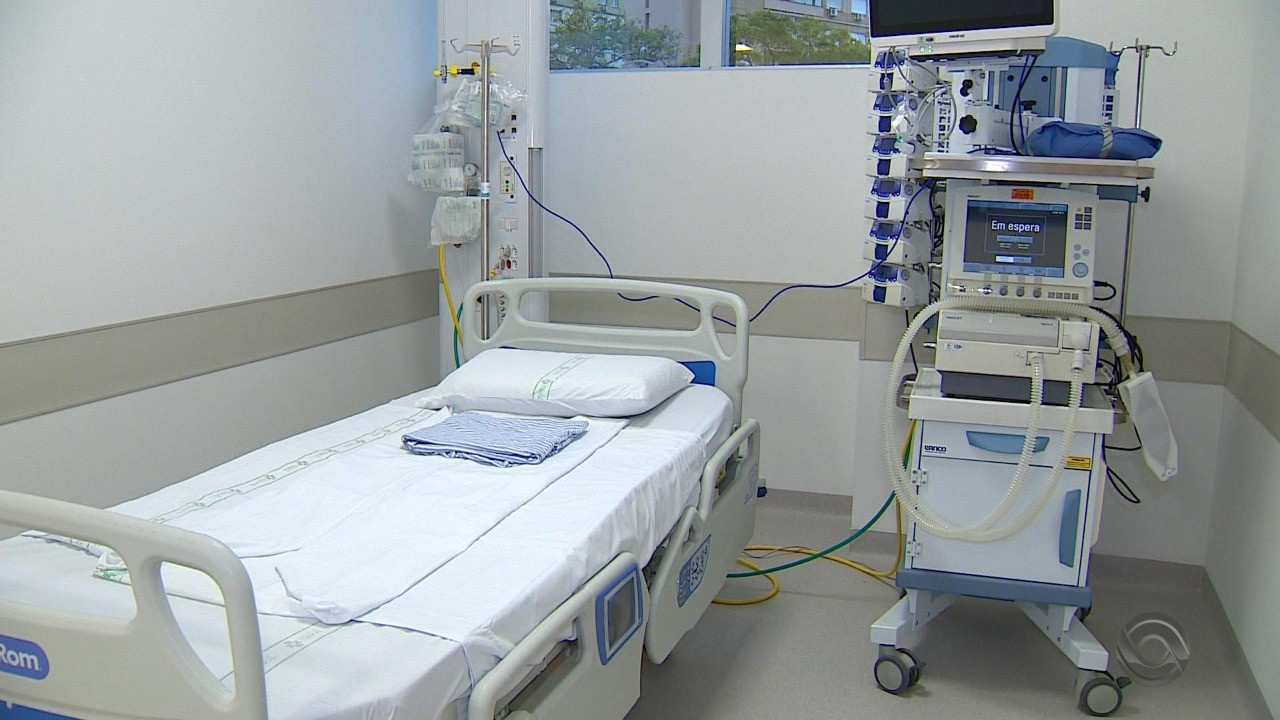 Hospitais do RS reforçam leitos de UTI e tendas de triagem para o atendimento ao coronavírus