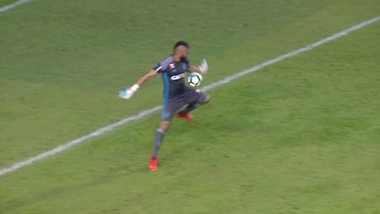 O gol pós-Muralha: reveja lances dos goleiros do Fla depois de falha contra Sport