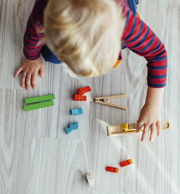 Criança brincando (Foto: Thinkstock)