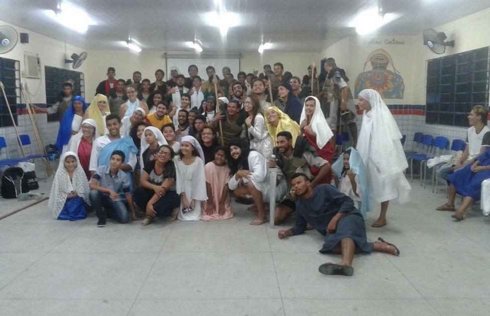A apresentação conta com 120 atores da cidade de Exu (Foto: Kelvyn Feitosa / Arquivo pessoal)