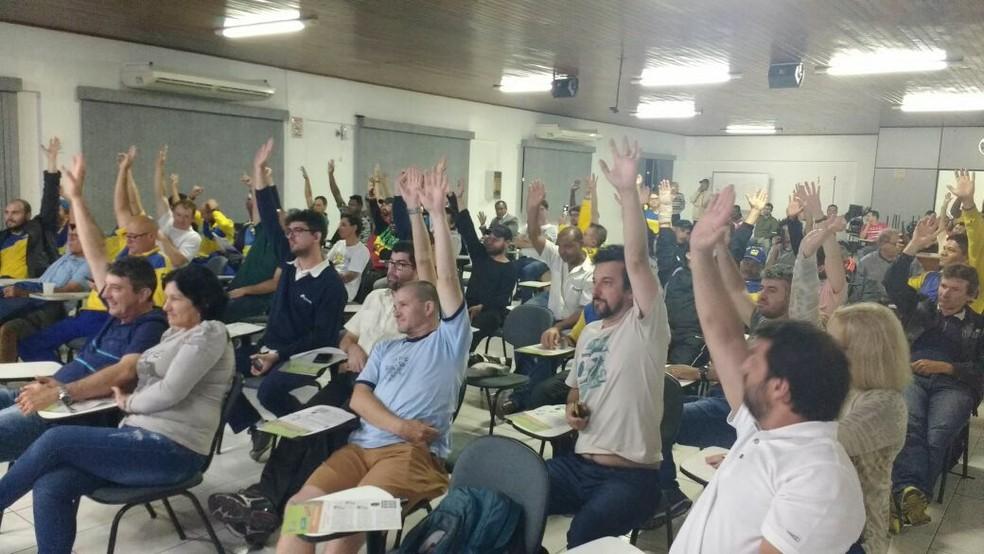 Funcionários dos Correios em Santa Catarina aprovaram greve em assembleia na terça-feira  (Foto: Sintect-SC)