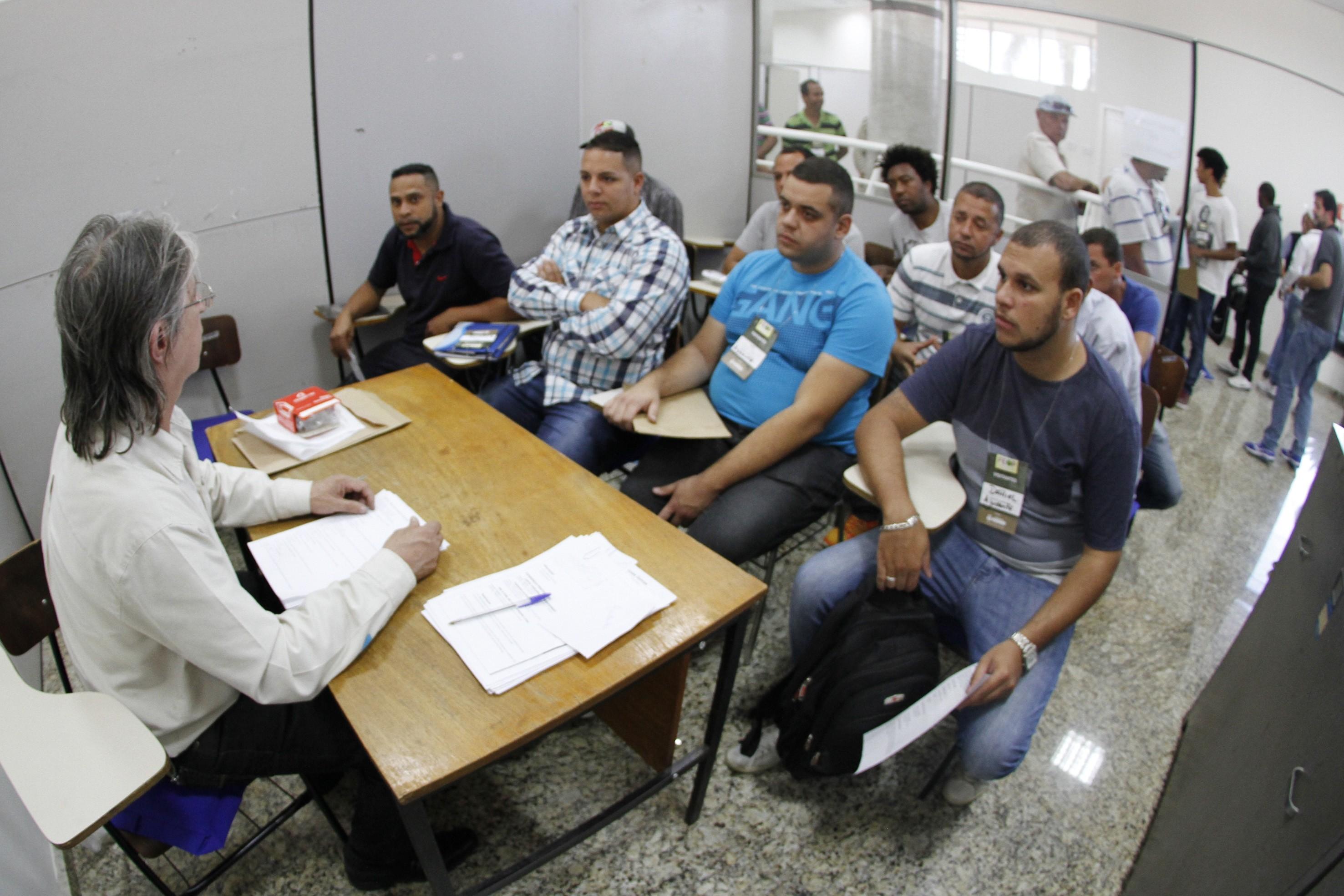 Alto Tietê tem mais de 500 vagas de emprego nesta semana