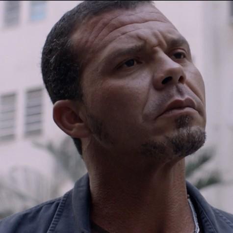 Rogério Casanova em 'Arcanjo renegado' (Foto: Reprodução)