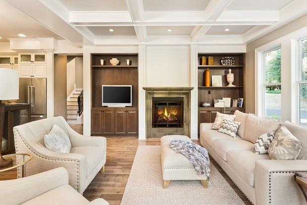Priorize por grandes sofás, poltronas, puffs e outros móveis que convidem ao descanso (Foto: Thinkstock)