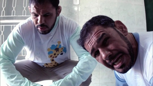Minotauro e Minotouro reconstituem vídeo viral no 'Caldeirão do Huck'
