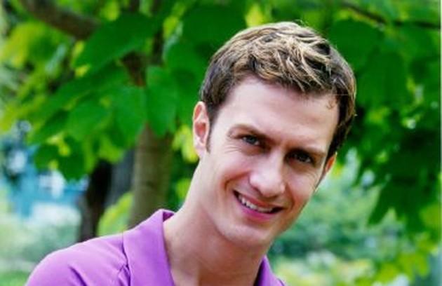 Em 'Estrela guia', Gabriel foi Guilherme, dono de uma produtora musical que assediava Cristal (Sandy) sem parar (Foto: Divulgação/TV Globo)