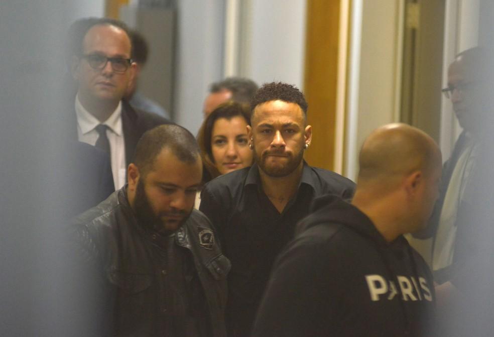 Neymar presta depoimento na Cidade da Polícia, no Rio de Janeiro — Foto: Lucas Landau / Reuters