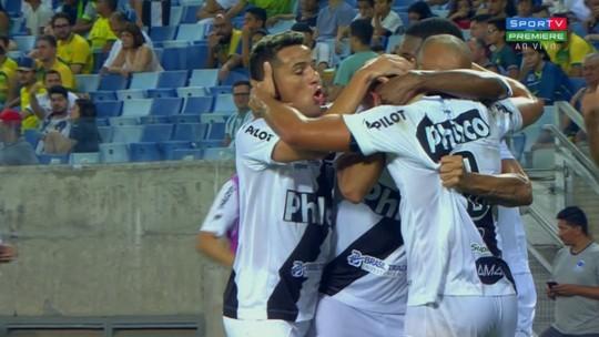 """De aposta a titular absoluto da Ponte, Camilo se impressiona com escalada: """"Tudo muito rápido"""""""