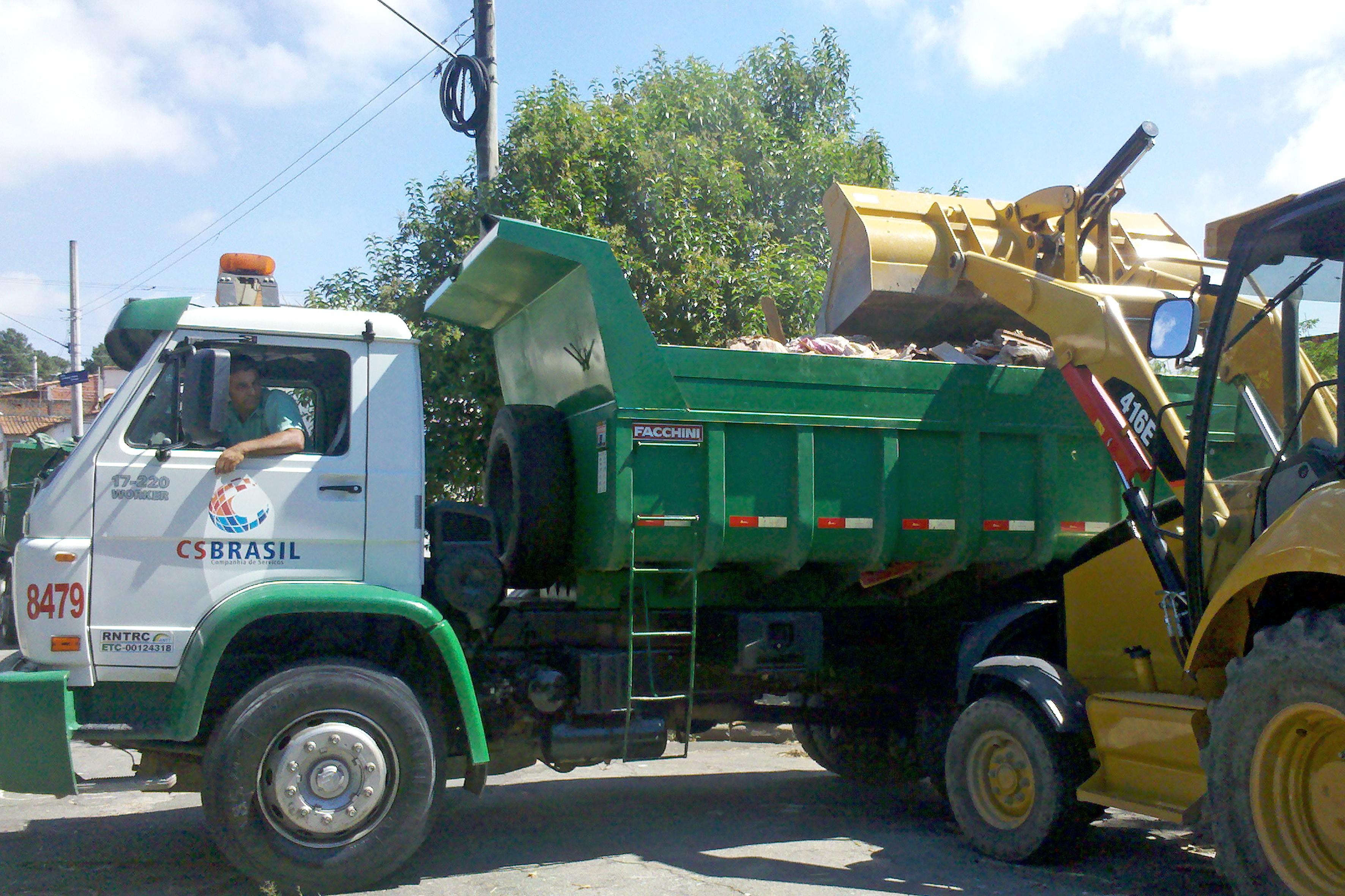 Cata-Tranqueira percorre bairros do Distrito de Brás Cubas, em Mogi, neste sábado