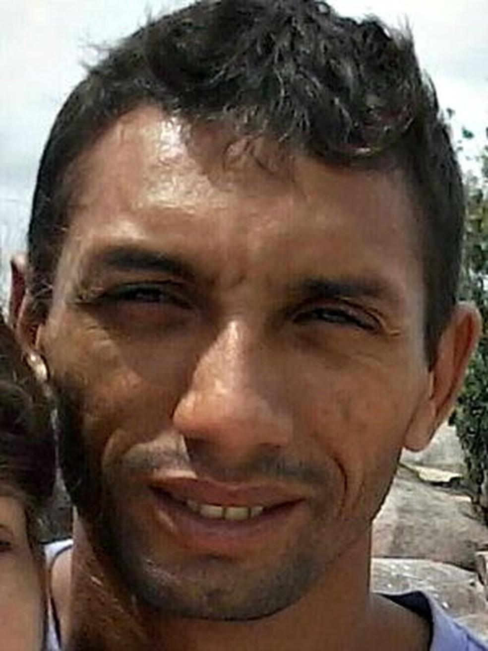 Polícia divulgou foto de Josias na tarde desta terça-feira (18) — Foto: Divulgação/Polícia Civil