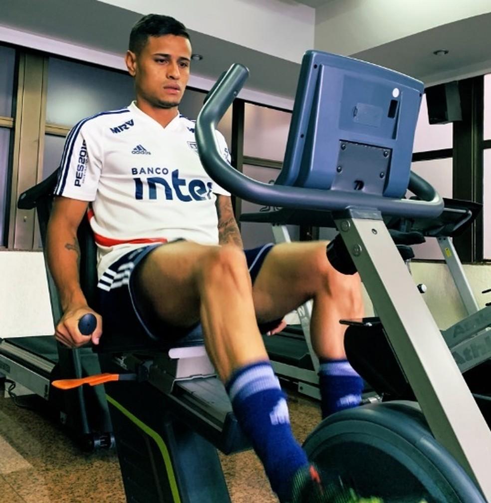 Everton se recupera de leso na coxa direita  Foto Divulgao So Paulo