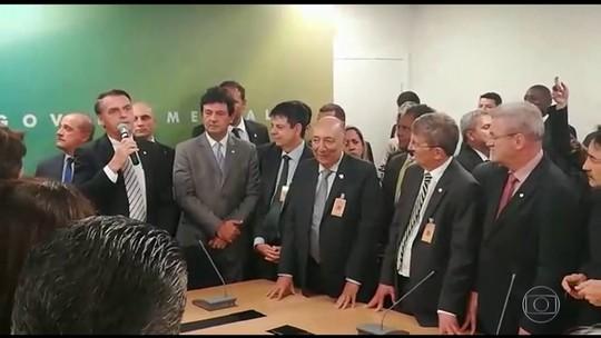 Bolsonaro diz que indicado para a saúde não é réu e só acusação 'robusta' tira ministro do governo