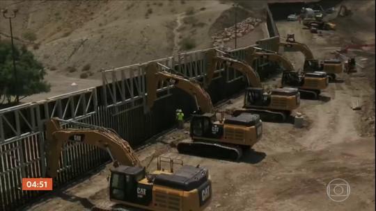 Grupo privado dos EUA começa a construir muro na fronteira com o México