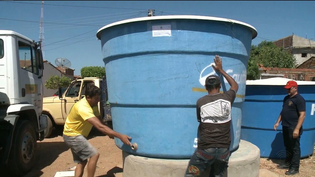 Justiça devolve caixa d'água retirada por ex-vereador a comunidade, na PB