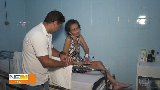 Sem ter para onde ir após a alta médica, pacientes são obrigados a ficar em hospital em Olinda